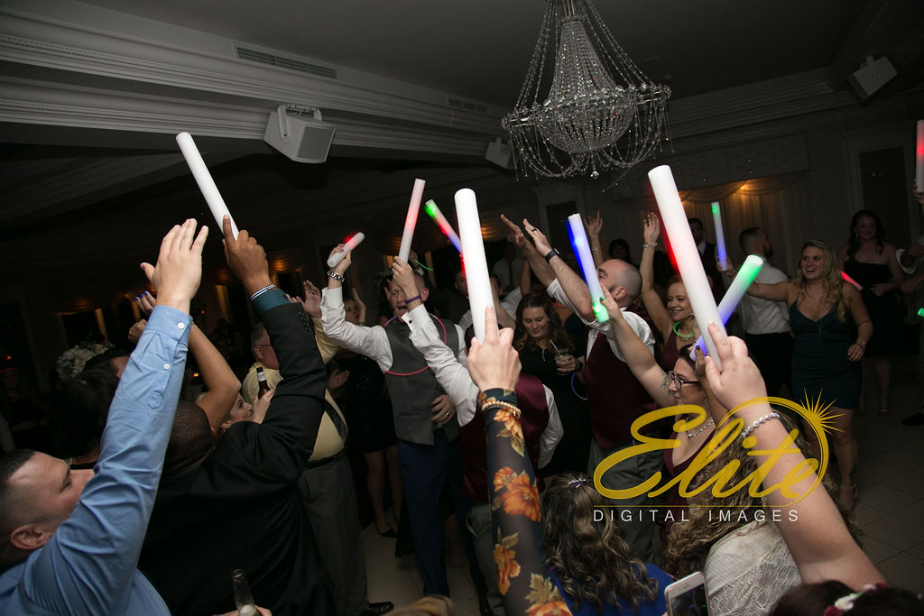 Elite Entertainment_ NJ Wedding_ Elite Digital Images_English Manor_Barbara and Scott (8)