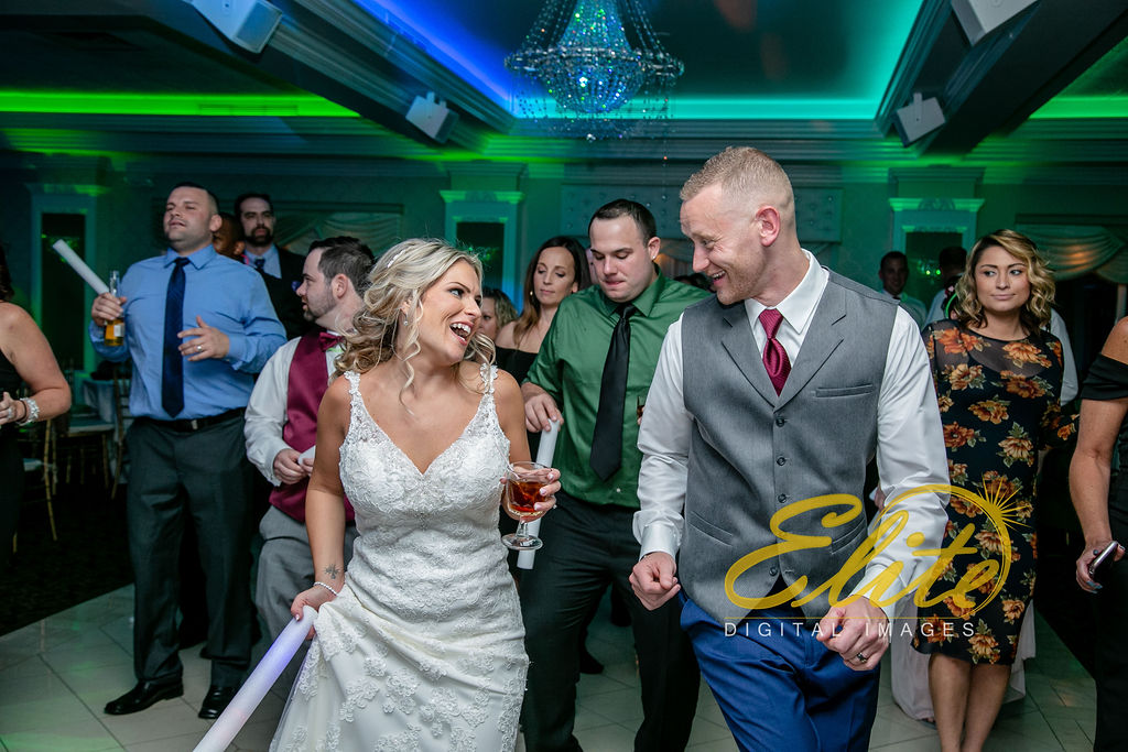 Elite Entertainment_ NJ Wedding_ Elite Digital Images_English Manor_Barbara and Scott (9)