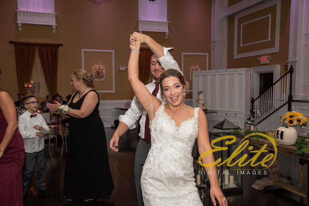 Elite Entertainment_ NJWedding_ EliteDigitalImages_Hamilton Manor_Shana And Rob (4)