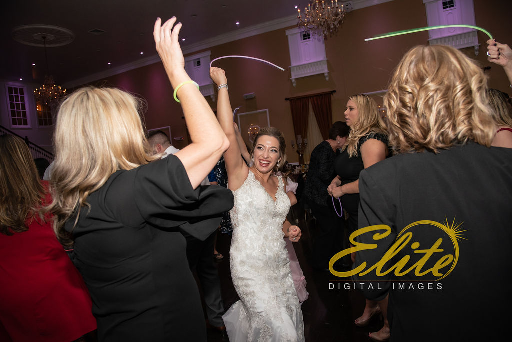 Elite Entertainment_ NJWedding_ EliteDigitalImages_Hamilton Manor_Shana And Rob (7)