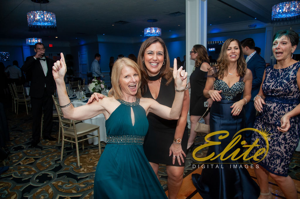 Elite Entertainment_ NJ Wedding_ Elite Digital Images_Crystal Point, Point Pleasant _ Sarah and Gerard (10)
