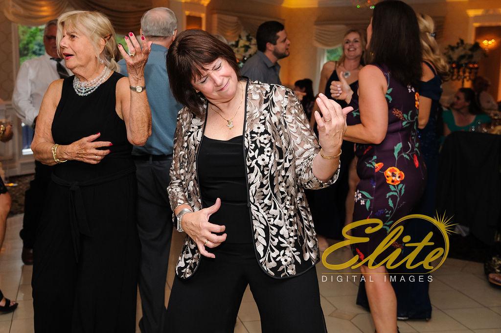 Elite Entertainment_ NJ Wedding_ Elite Digital Images_English Manor_Gabriella and Casey (3)