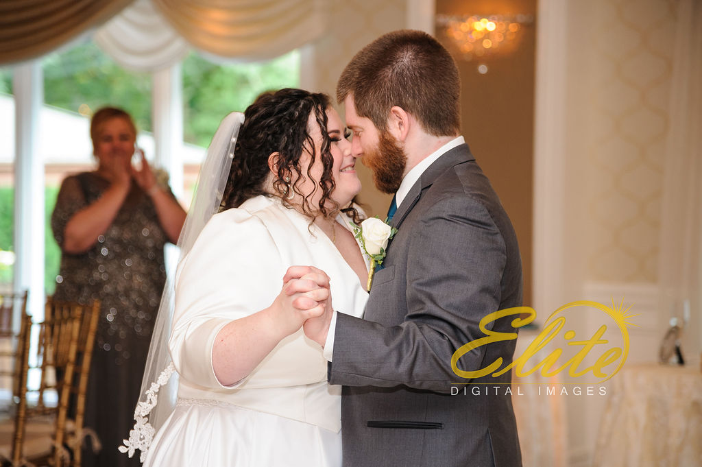 Elite Entertainment_ NJ Wedding_ Elite Digital Images_English Manor_Gabriella and Casey (9)