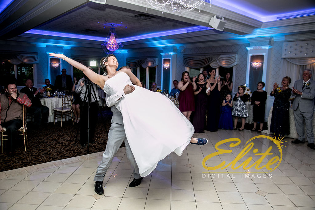 Elite Entertainment_ NJ Wedding_ Elite Digital Images_English Manor_Kaitlin and Michael (4)