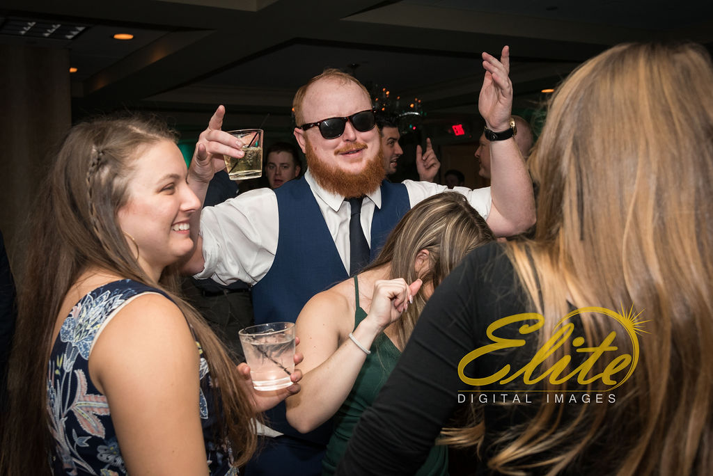 Elite Entertainment_ NJWedding_ EliteDigitalImages_DoubleTree_Darcy and Tom (10)