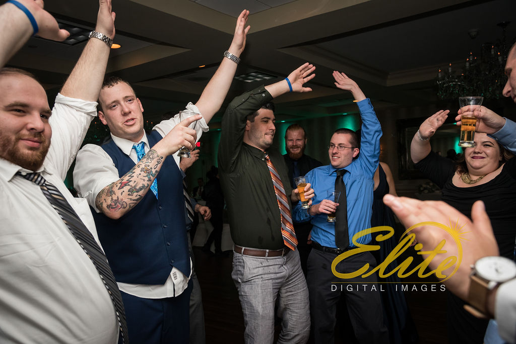 Elite Entertainment_ NJWedding_ EliteDigitalImages_DoubleTree_Darcy and Tom (8)