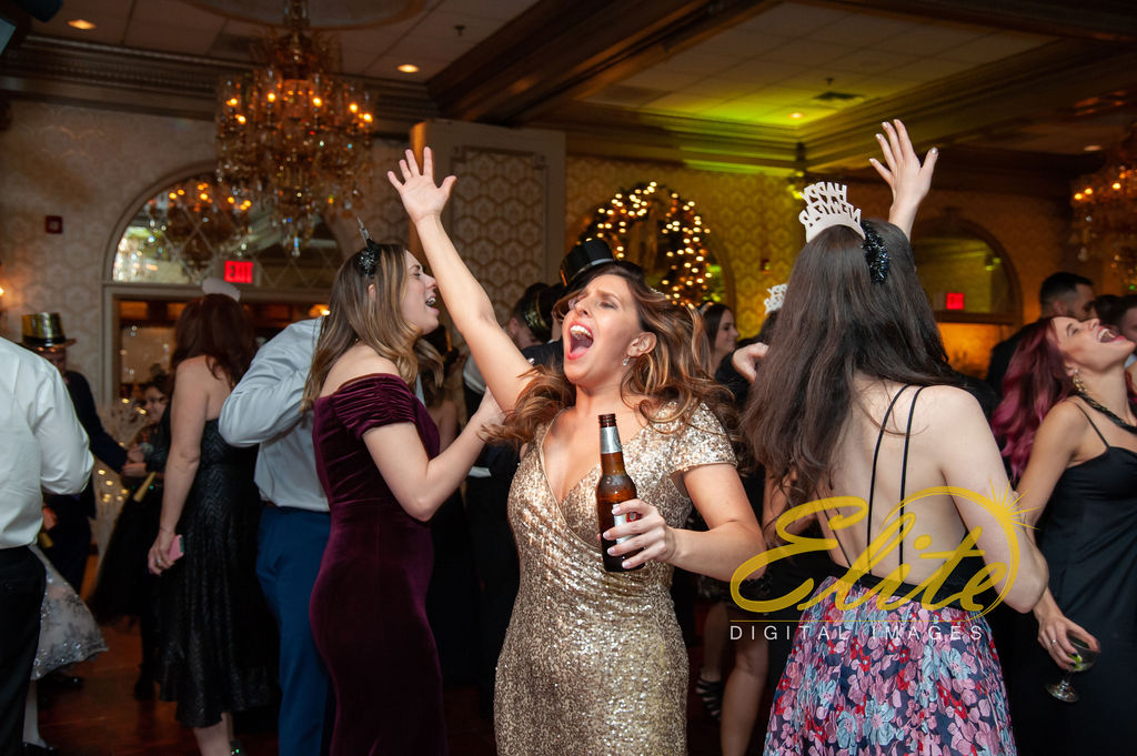 Elite Entertainment_ NJWedding_ EliteDigitalImages_Madison Hotel _ Alexandra and Mike_New Years Eve Wedding (12)