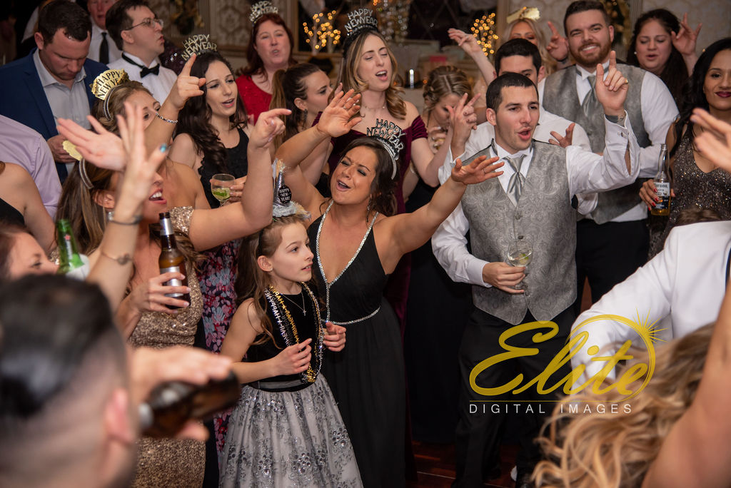 Elite Entertainment_ NJWedding_ EliteDigitalImages_Madison Hotel _ Alexandra and Mike_New Years Eve Wedding (20)