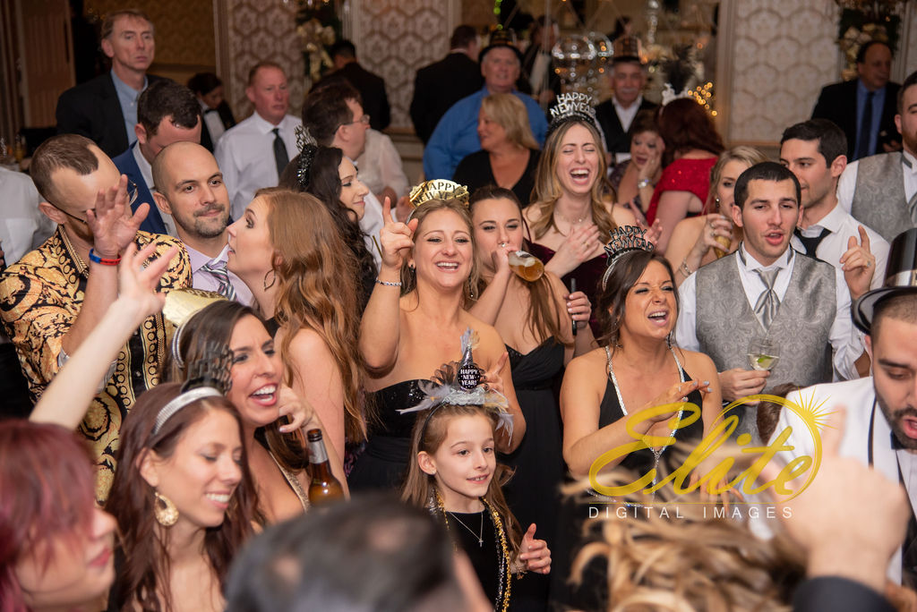 Elite Entertainment_ NJWedding_ EliteDigitalImages_Madison Hotel _ Alexandra and Mike_New Years Eve Wedding (21)