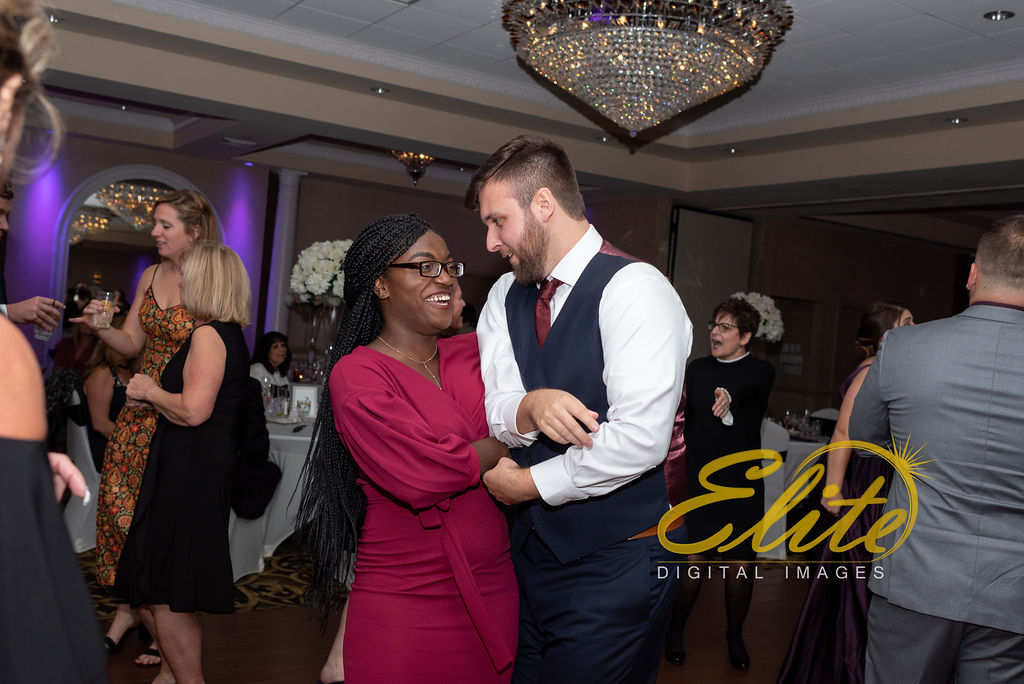 EliteEntertainment_NJWedding_EliteImages_RamadaTomsRiver_VersaillesBallroom_Colleen and Wayne 10.21 (4)