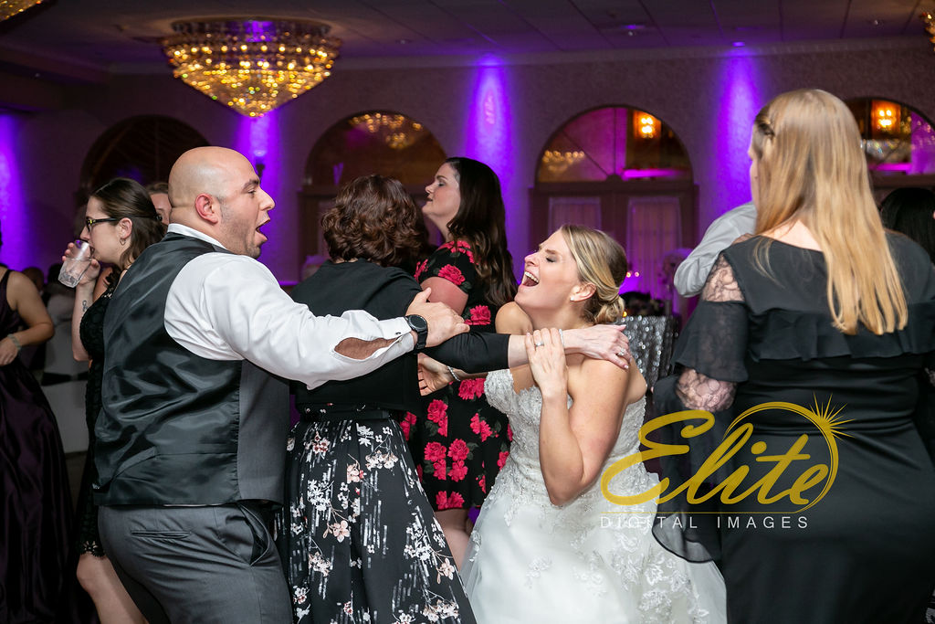 EliteEntertainment_NJWedding_EliteImages_RamadaTomsRiver_VersaillesBallroom_Colleen and Wayne 10.21 (7)