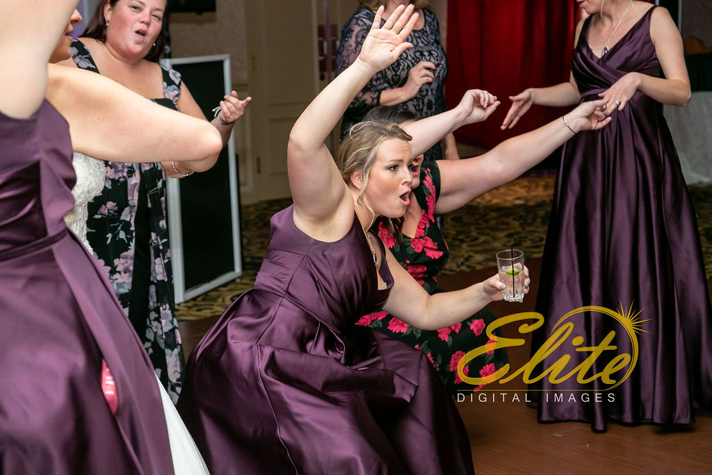 EliteEntertainment_NJWedding_EliteImages_RamadaTomsRiver_VersaillesBallroom_Colleen and Wayne 10.21 (9)