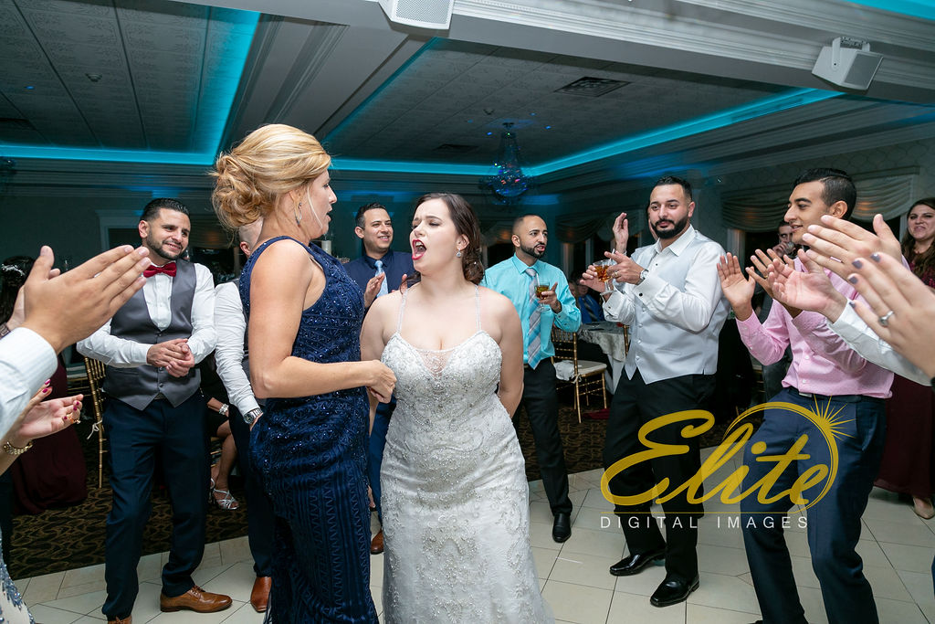 Elite Entertainment_ NJ Wedding_ Elite Digital Images_English Manor_ Melissa and David 11.18 (11)