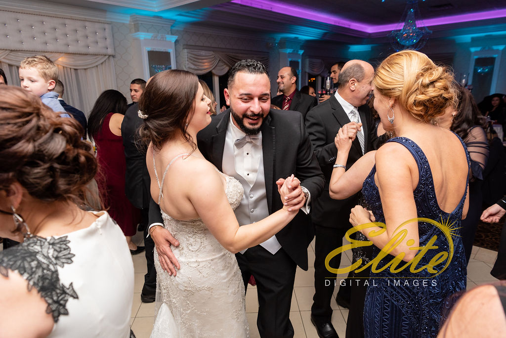 Elite Entertainment_ NJ Wedding_ Elite Digital Images_English Manor_ Melissa and David 11.18 (6)