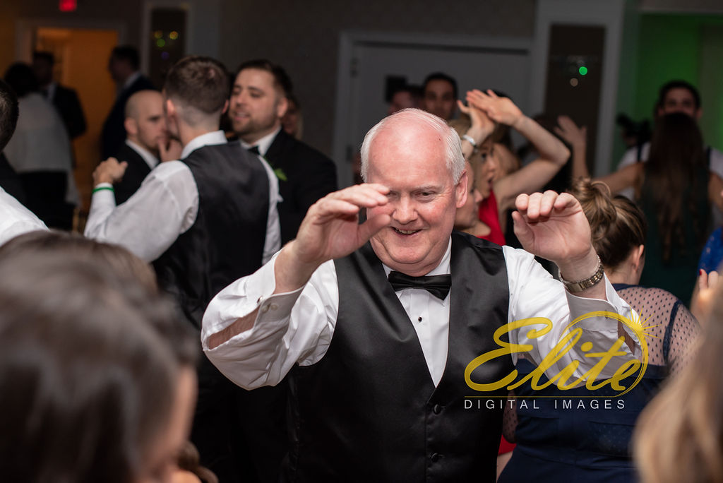 Elite Entertainment_ NJ Wedding_ Elite Digital Images_English Manor_Mary and Daniel (8)
