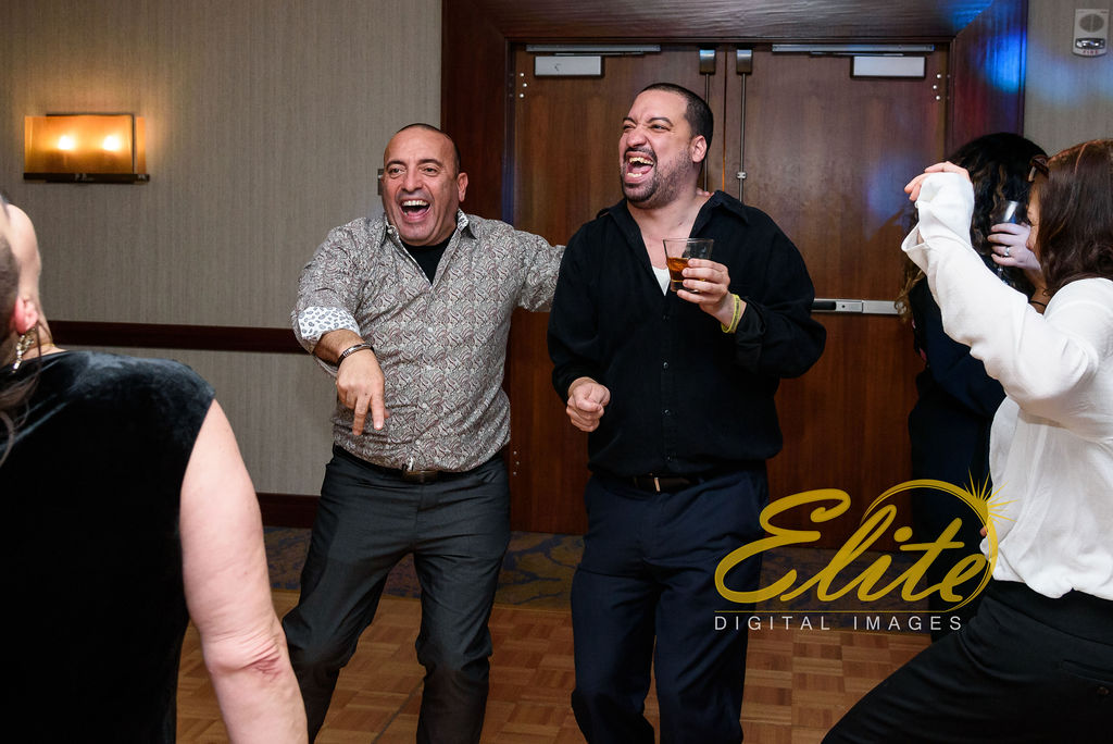 Elite Entertainment_ NJWedding_ EliteDigitalImages__ Westin Newport Hotel Jersey City_Shirley and Clint (10)