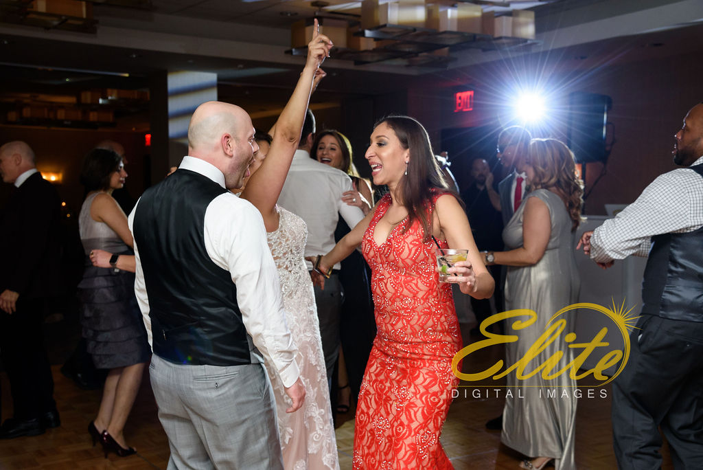 Elite Entertainment_ NJWedding_ EliteDigitalImages__ Westin Newport Hotel Jersey City_Shirley and Clint (4)