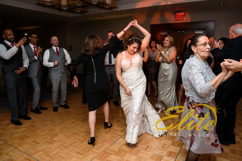 Elite Entertainment_ NJWedding_ EliteDigitalImages__ Westin Newport Hotel Jersey City_Shirley and Clint (6)