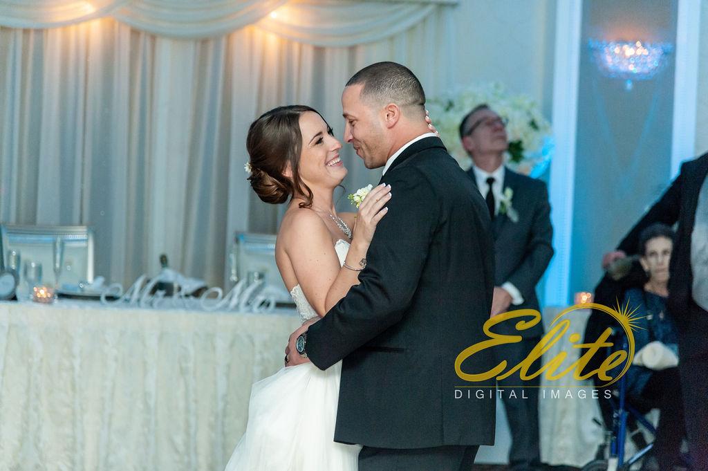 Elite Entertainment_ NJ Wedding_ Elite Digital Images_English Manor_Jillian and Adam (3)