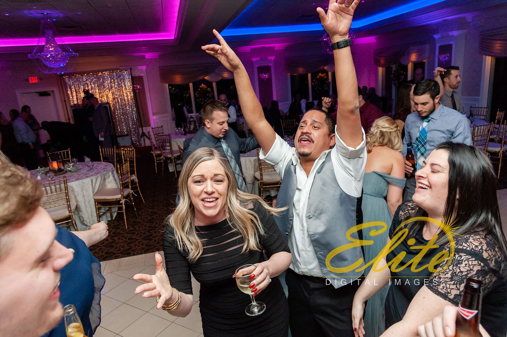 Elite Entertainment_ NJ Wedding_ Elite Digital Images_English Manor_Jillian and Adam (9)