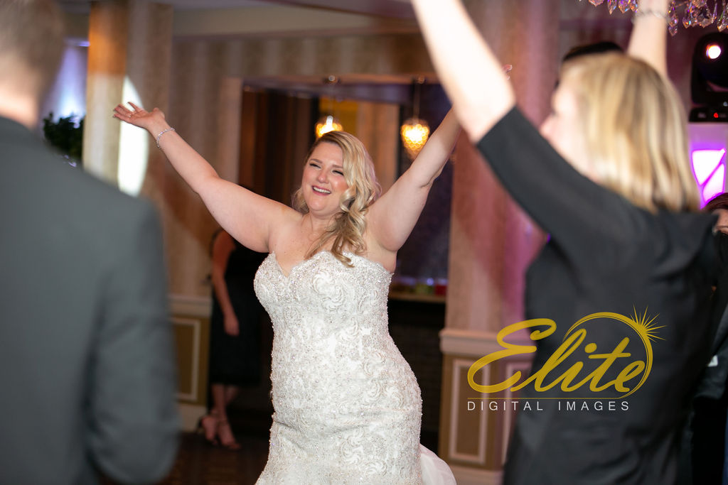 Elite Entertainment_ NJWedding_ EliteDigitalImages_DoubleTree_Michele and David (5)