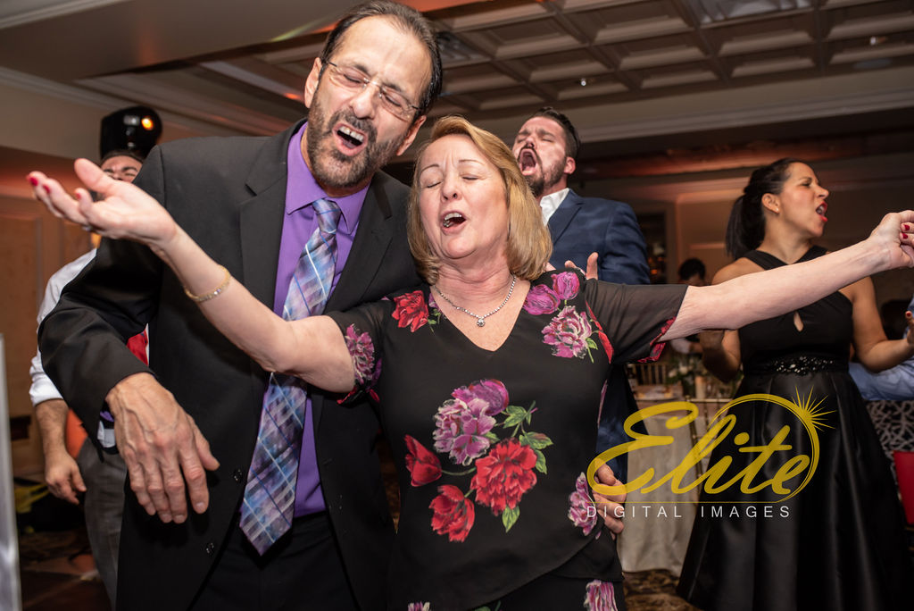Elite Entertainment_ NJWedding_ EliteDigitalImages_Old Mill Inn Basking Ridge_ Bridget and Mike (11)