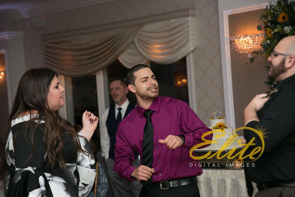 Elite Entertainment_ NJ Wedding_ Elite Digital Images_English Manor_Jessica and Darren (10)