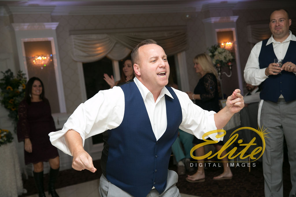 Elite Entertainment_ NJ Wedding_ Elite Digital Images_English Manor_Jessica and Darren (11)