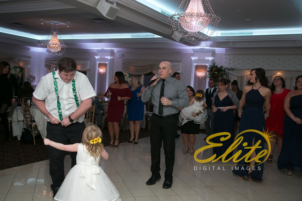 Elite Entertainment_ NJ Wedding_ Elite Digital Images_English Manor_Jessica and Darren (5) Kris Abrahamsen