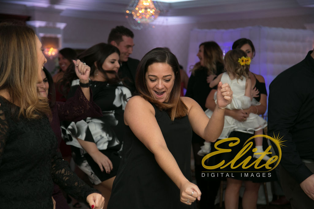 Elite Entertainment_ NJ Wedding_ Elite Digital Images_English Manor_Jessica and Darren (7)