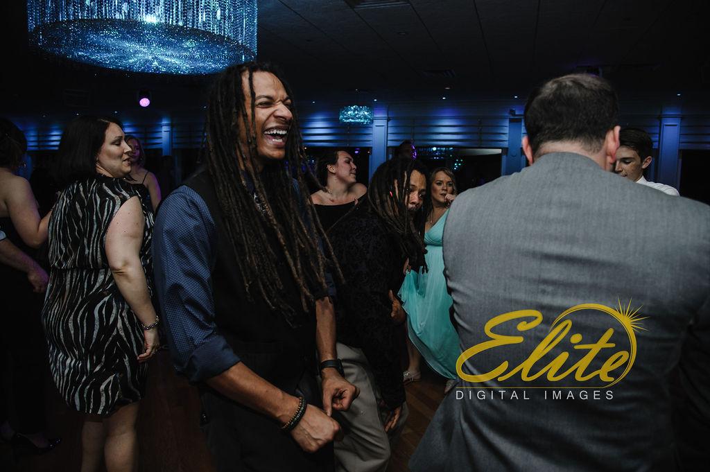 DJ_Elite Entertainment_ NJ Wedding_ Elite Digital Images_Crystal Point, Point Pleasant _Dan and Melanie (39)