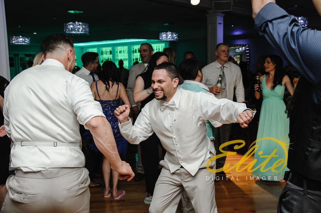 Elite Entertainment_ NJ Wedding_ Elite Digital Images_Crystal Point, Point Pleasant _Dan and Melanie (23)