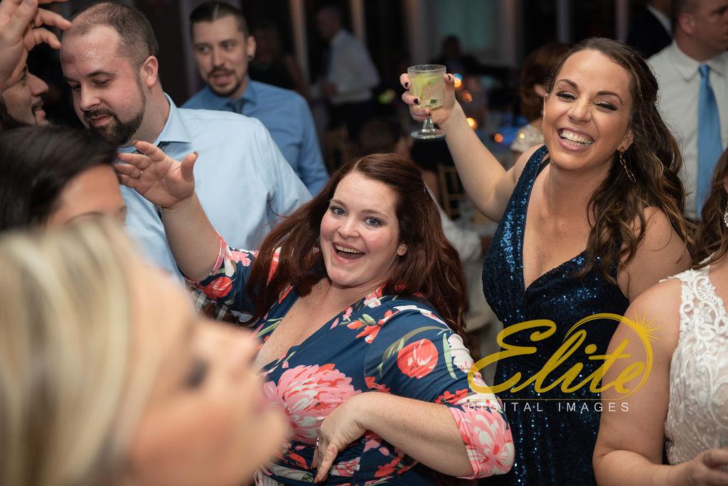 Elite Entertainment_ NJ Wedding_ Elite Digital Images_English Manor_Amber and Michael (10)