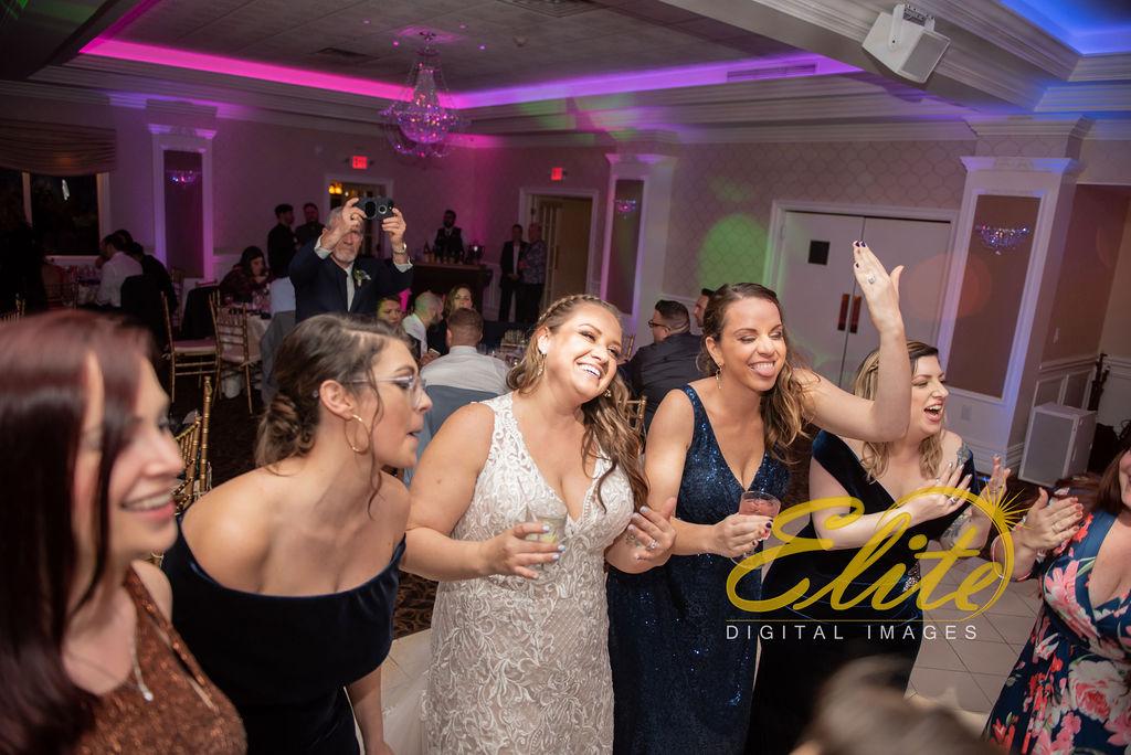 Elite Entertainment_ NJ Wedding_ Elite Digital Images_English Manor_Amber and Michael (13)