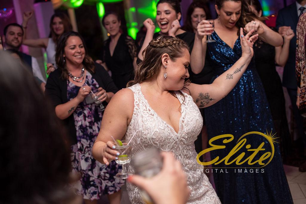 Elite Entertainment_ NJ Wedding_ Elite Digital Images_English Manor_Amber and Michael (16)
