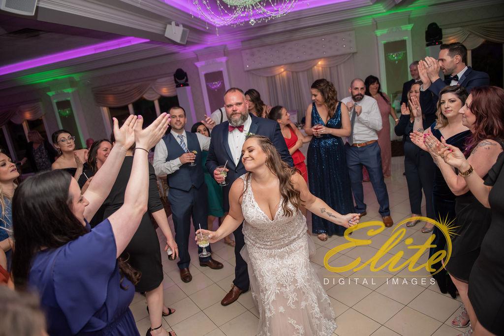 Elite Entertainment_ NJ Wedding_ Elite Digital Images_English Manor_Amber and Michael (20)