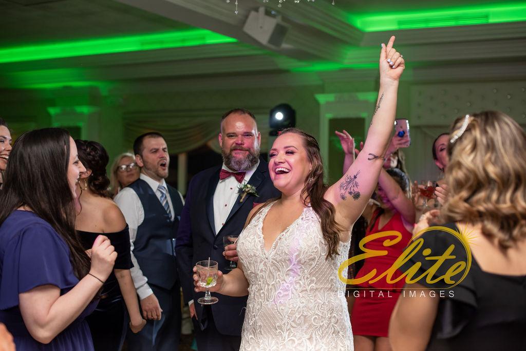 Elite Entertainment_ NJ Wedding_ Elite Digital Images_English Manor_Amber and Michael (21)