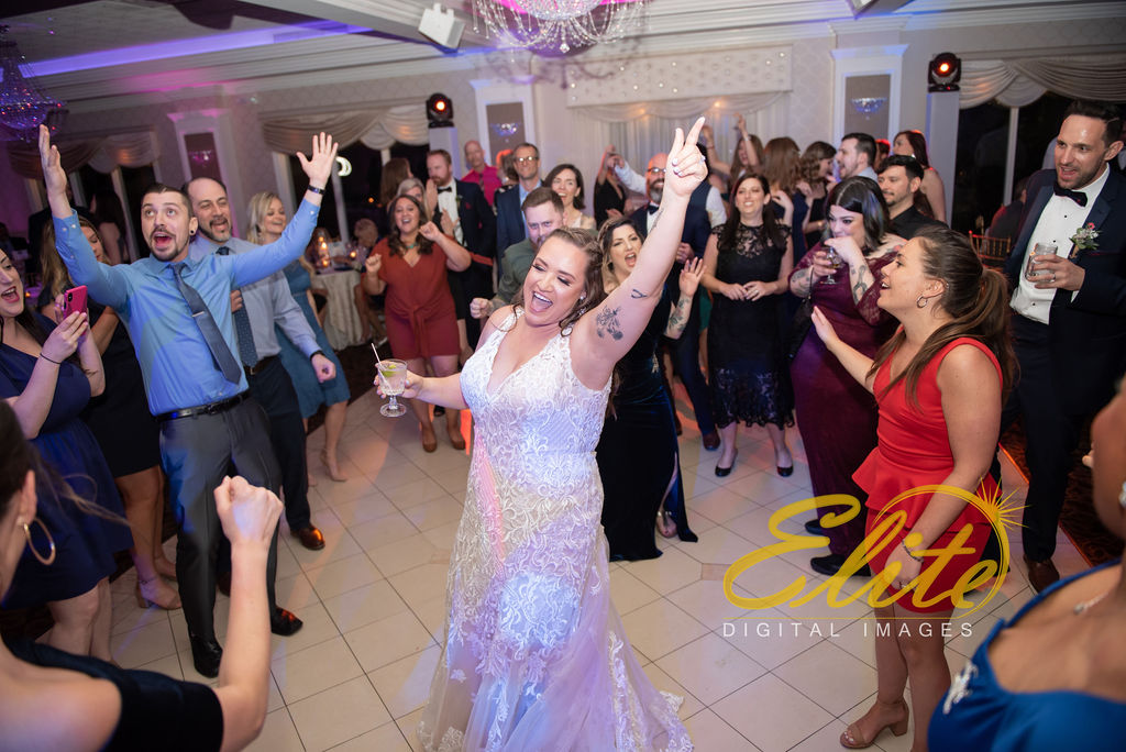 Elite Entertainment_ NJ Wedding_ Elite Digital Images_English Manor_Amber and Michael (9)