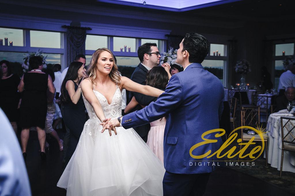 Elite Entertainment_ NJ Wedding_ Elite Digital Images_Clarks Landing_ Laura and Joe (12)