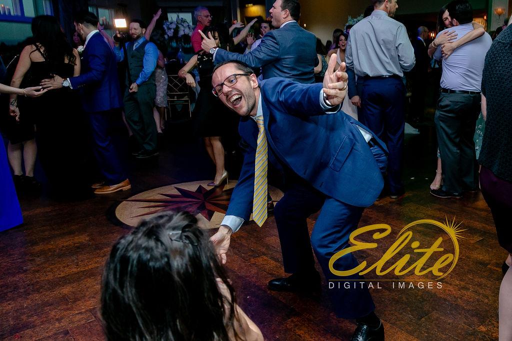 Elite Entertainment_ NJ Wedding_ Elite Digital Images_Clarks Landing_ Laura and Joe (3)
