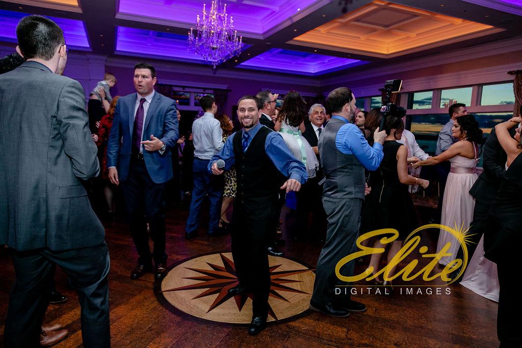 Elite Entertainment_ NJ Wedding_ Elite Digital Images_Clarks Landing_ Laura and Joe (5) Dan Fumosa