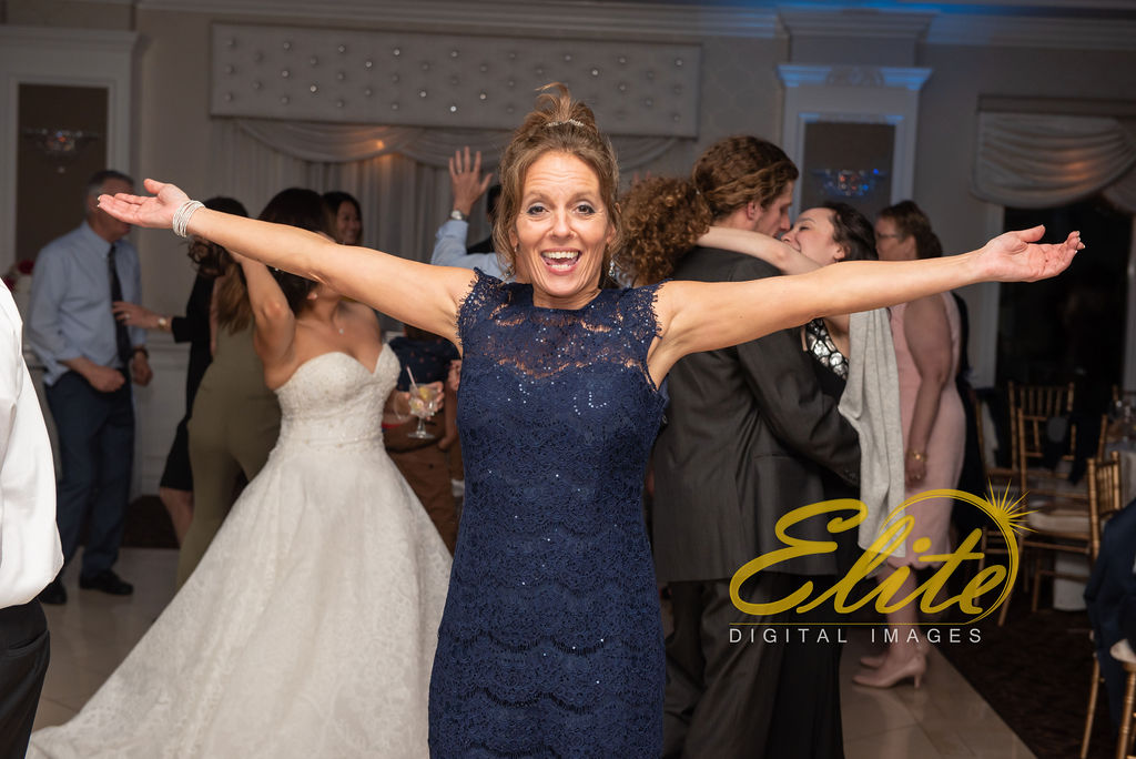 Elite Entertainment_ NJ Wedding_ Elite Digital Images_English Manor_Carlee and Jacob_042819 (11)