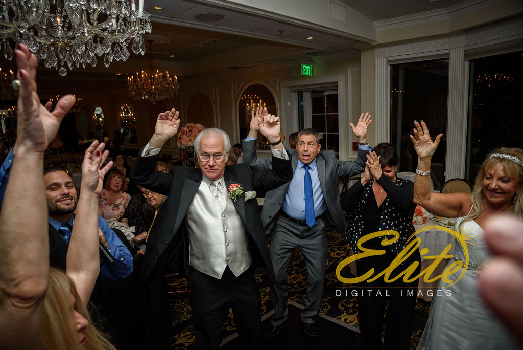 Elite Entertainment_ NJ Wedding_ Elite Digital Images_Molly Pitcher in Red Bank_Angela and Ben _05.04 (15)