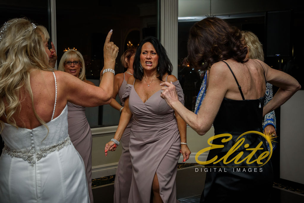 Elite Entertainment_ NJ Wedding_ Elite Digital Images_Molly Pitcher in Red Bank_Angela and Ben _05.04 (16)