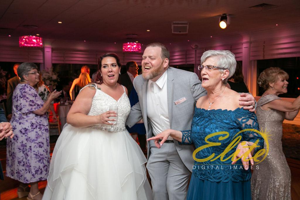 Elite Entertainment_ NJ Wedding_ Elite Digital Images_Crystal Point, Point Pleasant _Toni and Mike_06_08_19 (7)