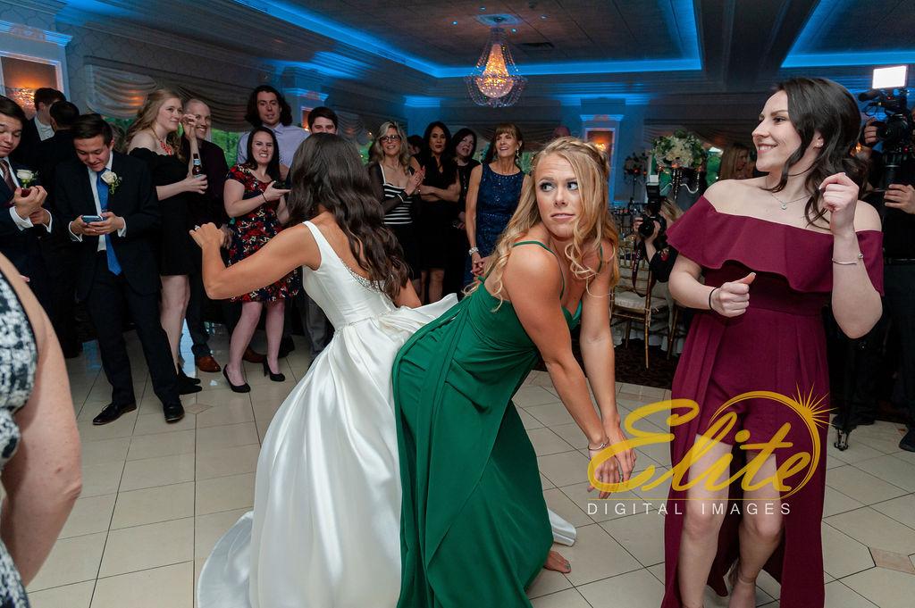 Elite Entertainment_ NJ Wedding_ Elite Digital Images_English Manor_Alyson and Travis_042719 (10)