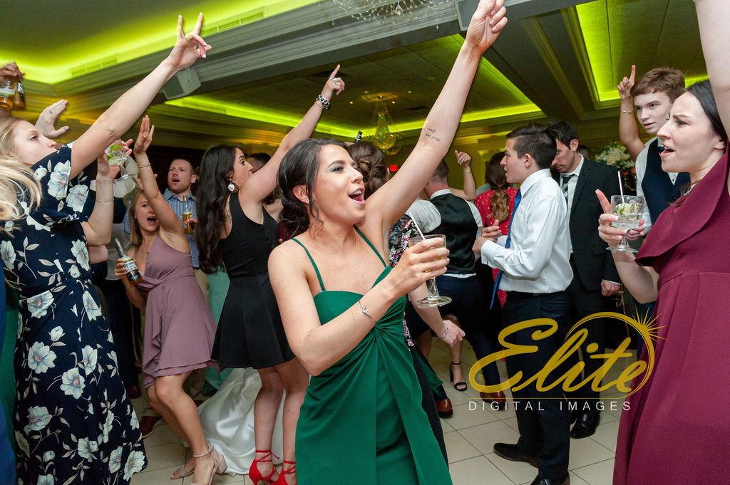 Elite Entertainment_ NJ Wedding_ Elite Digital Images_English Manor_Alyson and Travis_042719 (13)