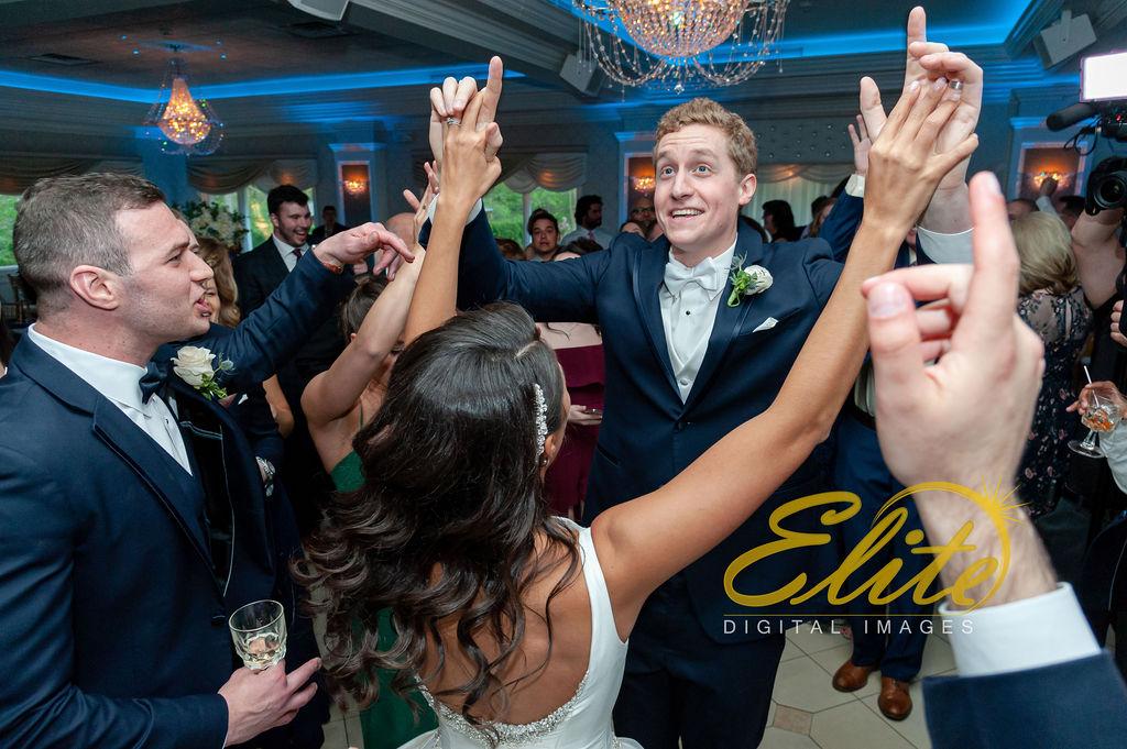 Elite Entertainment_ NJ Wedding_ Elite Digital Images_English Manor_Alyson and Travis_042719 (8)