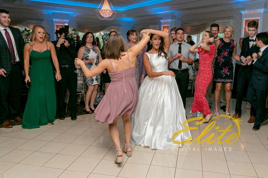 Elite Entertainment_ NJ Wedding_ Elite Digital Images_English Manor_Alyson and Travis_042719 (9)