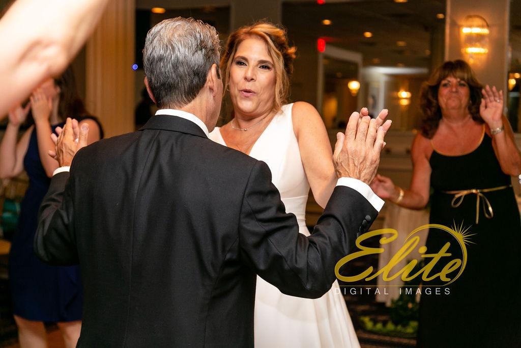 Elite Entertainment_ NJ Wedding_ Elite Digital Images_Breakers_08.17.19_ Debra and Dean (3)